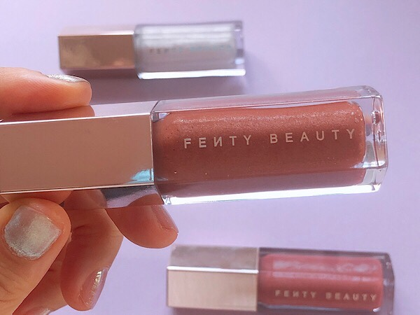 フェンティビューティーFenty Beautyのリップグロスのグロスボム Gloss Bomb