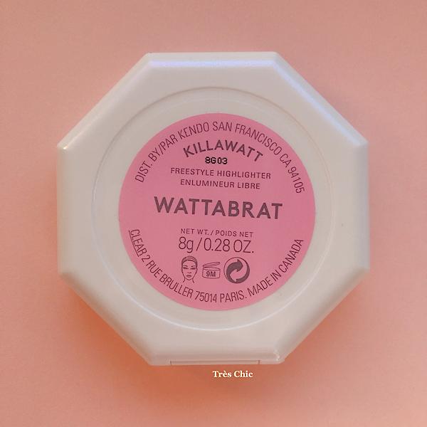 フェンティビューティー(Fenty Beauty) のピンク色のハイライトWattabratのケース裏面シール