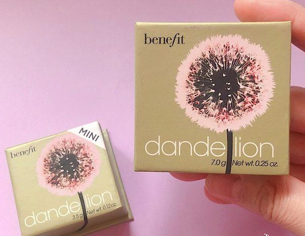 Benefit ベネフィットのダンデライオンは誰にでも似合う万能チークだ!(お土産におすすめ)