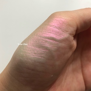 Pat McGrath Labs Sublime Skin Highlighting Trio  パット・マグラスはハイライトもオススメIridescent Pink