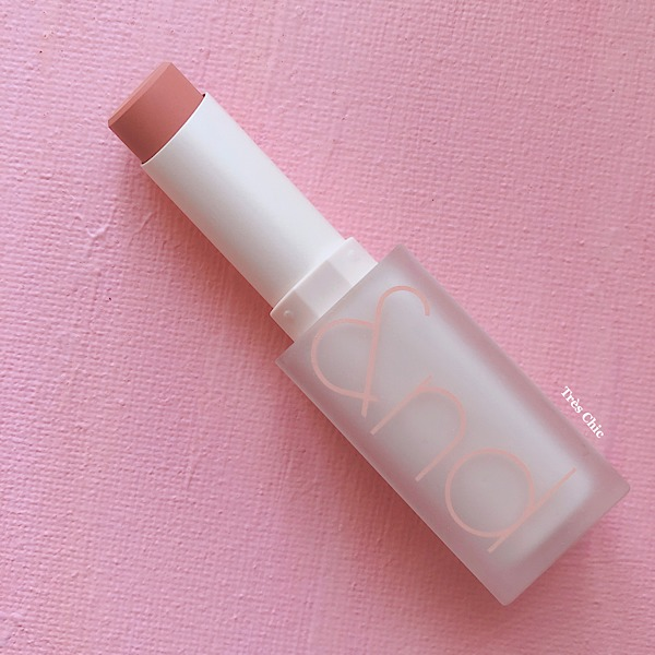 rom&nd(ロムアンド)の新作ゼロマットリップスティック(Zero Matte Lipstick)シェルヌード(Shell Nude)