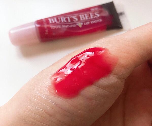 バーツビーズ(BURT'S BEES) のグロス リップシャインの色Pucker