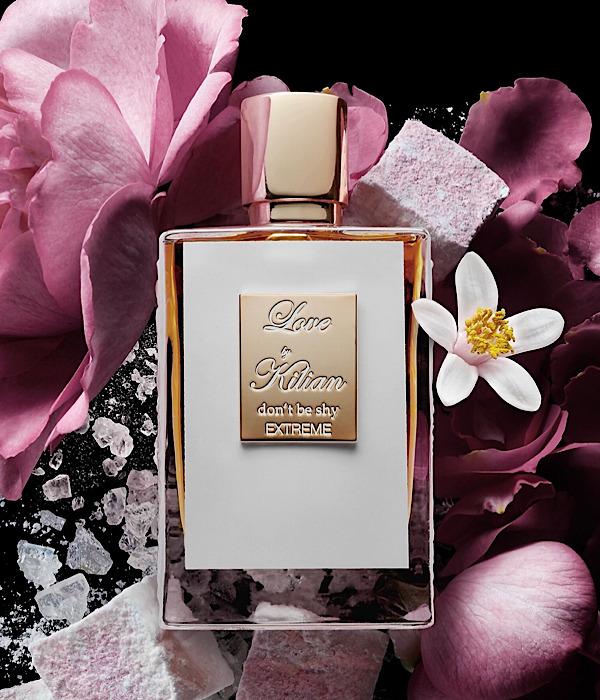リアーナ愛用香水と噂のキリアン Love, Don't be shy の新作extremeはローズの香り