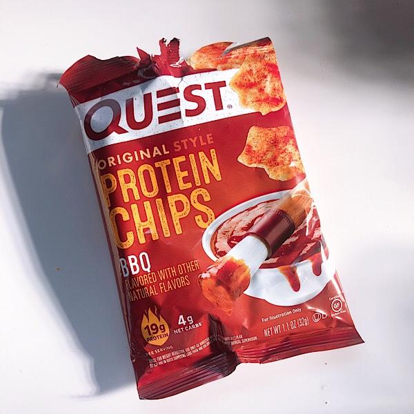 【アイハーブおすすめ】Questのプロテインチップスが美味しい!ので2種類をレビュー【ダイエットおやつ】