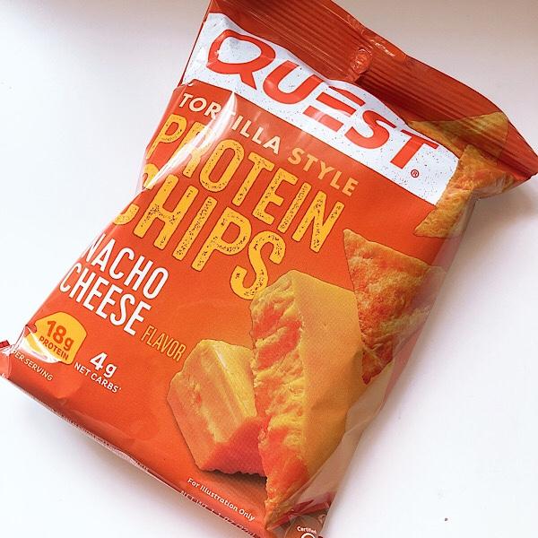 【アイハーブおすすめ】Questのプロテインチップスが美味しい!ので2種類をレビュー【ダイエットおやつ】人気のチーズ味が美味しい