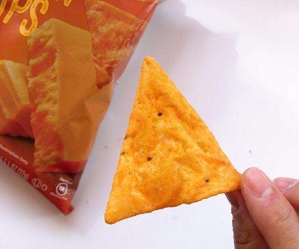 アイハーブで買える Quest(クエスト)のプロテインチップスのナチョチーズをレビュー