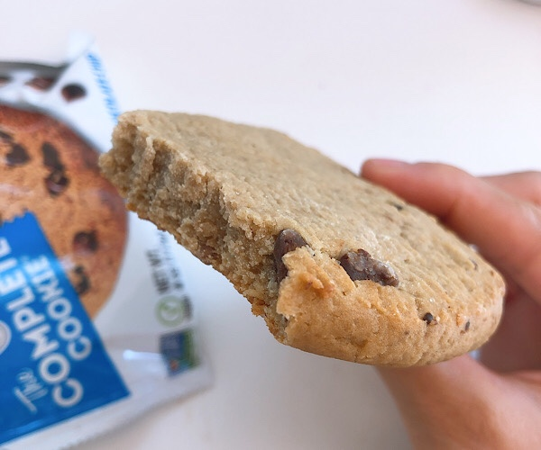 プロテインクッキーはQuestだけじゃない!Lenny & Larry's のクッキー、コンプリートクッキーが美味しい!!が、正直ダイエットにはどうなんだ?って話(アイハーブ購入品)