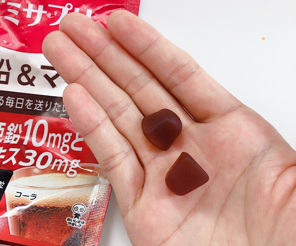 UHA味覚党のグミサプリ、亜鉛&マカはコーラ味で美味しい