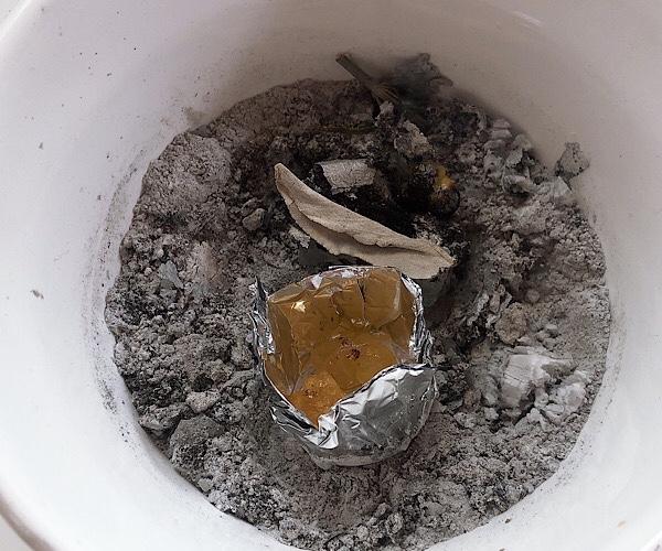 フランキンセンスの樹脂の焚き方。